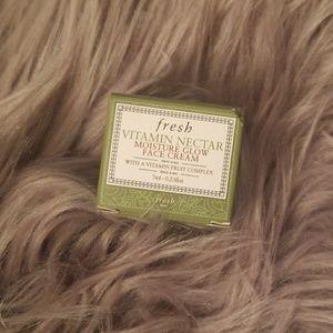 NWT Fresh Vitamin Nectar Face Cream